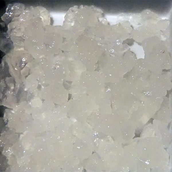 Hoe water kefir korrels eruit?